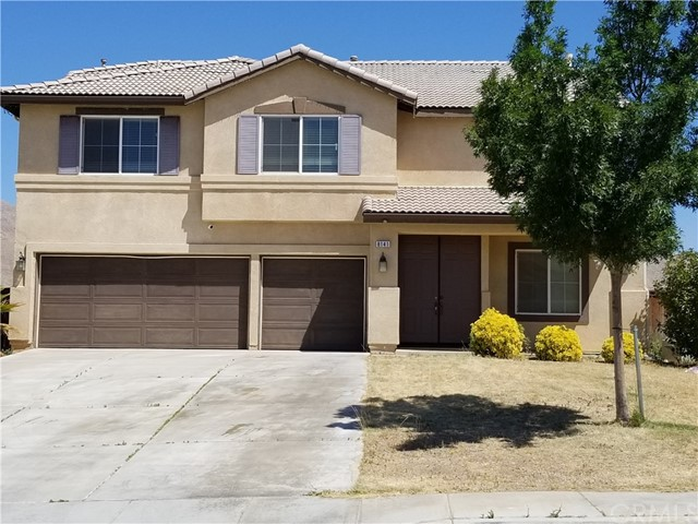 8141 Calpella Avenue, Hesperia CA: http://media.crmls.org/medias/b57c7d9f-12be-485b-a298-bb7b3994fe7c.jpg