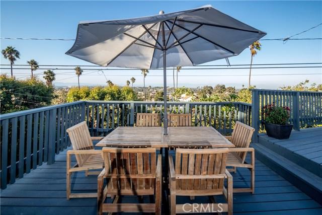 301 Avenida Atezada, Redondo Beach CA: http://media.crmls.org/medias/b57ec794-c2fc-48e1-b60d-e95ff58a6c1d.jpg