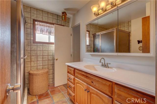 15908 Richvale Drive, Whittier CA: http://media.crmls.org/medias/b58a5a31-a1fd-4203-801b-33561f82d2da.jpg
