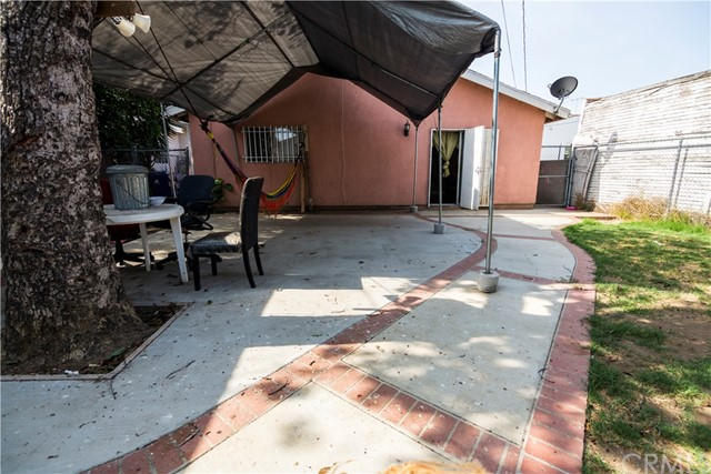 1121 W 65th St, Los Angeles, CA 90044 Photo 20
