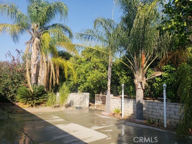11120 Old Fashion Way, Riverside CA: http://media.crmls.org/medias/b5929e96-3de6-40f4-8c4f-b7343be1c704.jpg