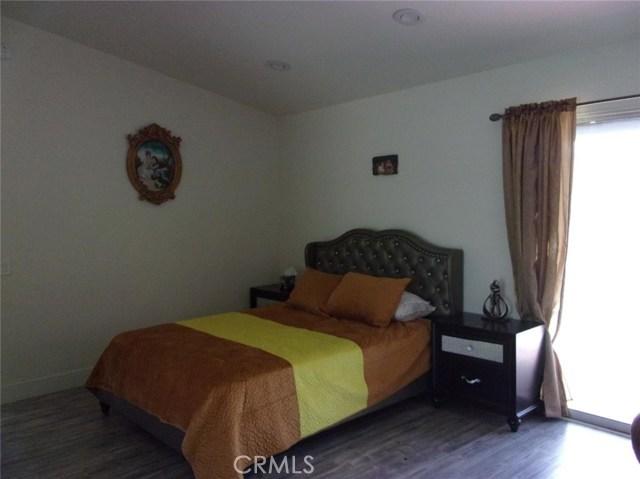 68885 los Gatos Road, Cathedral City CA: http://media.crmls.org/medias/b5930716-d2fc-442c-a9e0-b3e83a598f4b.jpg