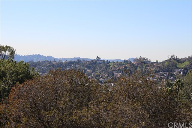 5342 N Highland View Place, Eagle Rock CA: http://media.crmls.org/medias/b5abe8bf-84fc-4912-be31-cb4bbc8ab823.jpg