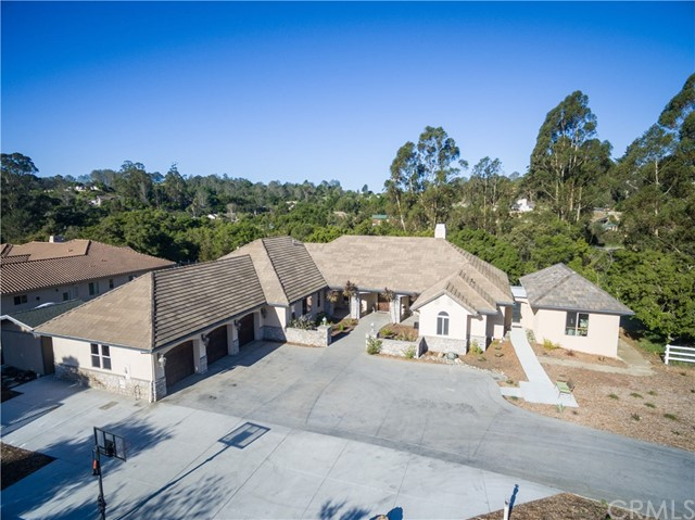 1055 Savannah Circle, Arroyo Grande, CA 93420