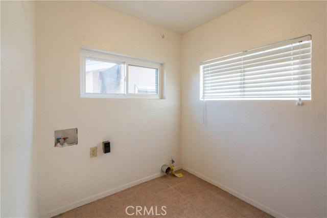 20602 Raymond Avenue, Torrance CA: http://media.crmls.org/medias/b5ad26b5-8538-4c7b-9181-684eba245f64.jpg