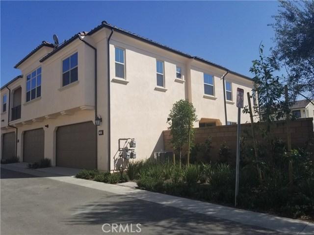 73 Quill, Irvine CA: http://media.crmls.org/medias/b5b33b1b-effc-4f58-9c23-4c1712957c53.jpg