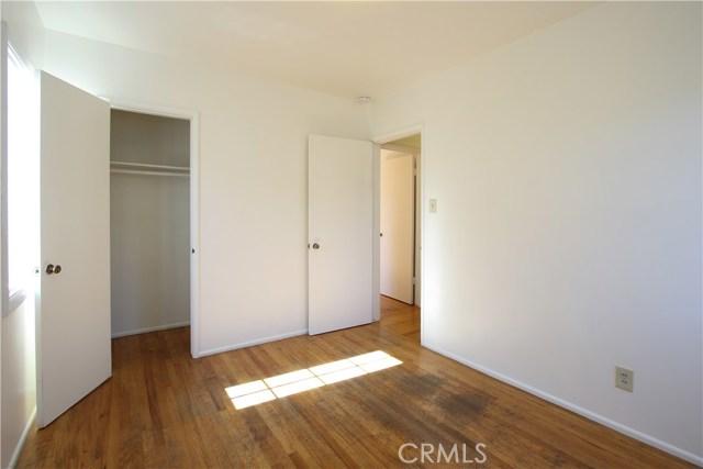 1222 W 187th W Street, Gardena CA: http://media.crmls.org/medias/b5ba6c3e-cb4a-4c1d-ab86-2bd18d35e2e6.jpg