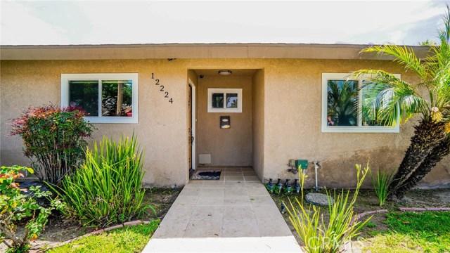 12224 Brookshire Avenue, Downey CA: http://media.crmls.org/medias/b5d15ca5-063a-42da-8068-ca1c1d34c0f9.jpg