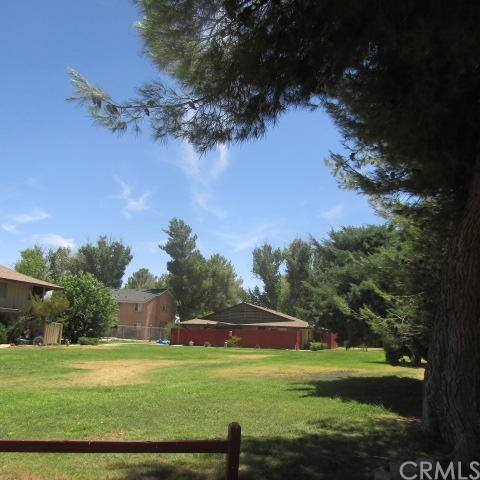 21309 Lake Shore Drive, California City CA: http://media.crmls.org/medias/b5dac90f-2676-4c02-a65d-7255af2609f6.jpg