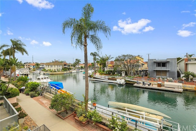 Single Family Home for Sale at 5614 Naples Canal 5614 Naples Canal Long Beach, California 90803 United States