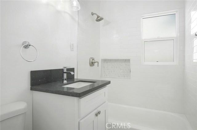 4828 W 118th Street, Hawthorne CA: http://media.crmls.org/medias/b5df79e8-fb50-4f11-8b37-35ae9a9ced80.jpg