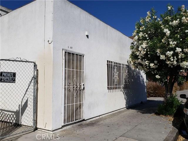 1227 E 7th Street, Long Beach CA: http://media.crmls.org/medias/b5ee15c6-02b5-4f5b-b87e-0a06d645d510.jpg