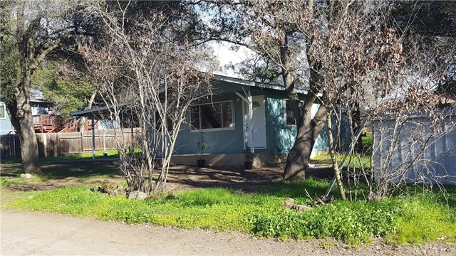 14213 Woodland Drive Clearlake, CA 95422 - MLS #: LC18006172