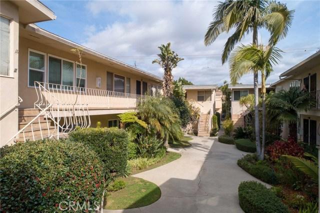 1023 E Appleton Street, Long Beach CA: http://media.crmls.org/medias/b5f2ff41-c653-4aab-9680-75c9ba47041e.jpg