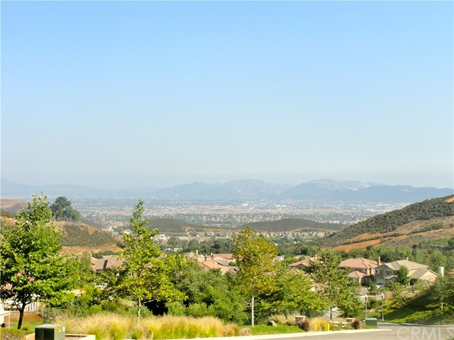 26931 Lemon Grass Way, Murrieta CA: http://media.crmls.org/medias/b5f8f854-61b1-4b21-88f1-871346252e7c.jpg