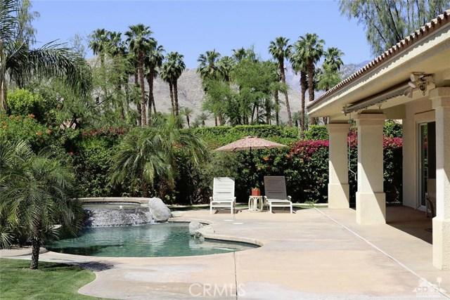5 Varsity Circle, Rancho Mirage CA: http://media.crmls.org/medias/b5fa7e3c-1d4f-489f-a74e-e0b2998492af.jpg