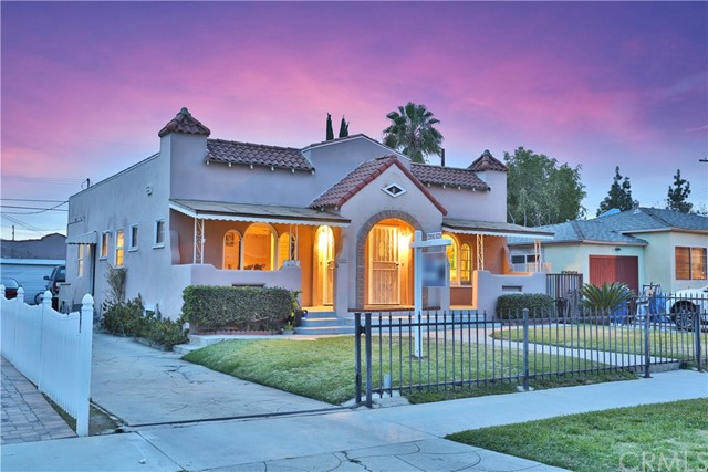 Single Family for Sale at 2828 Avenue 30 W Glassell Park, California 90065 United States