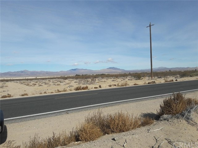 0 Old Woman Springs Road, Lucerne Valley CA: http://media.crmls.org/medias/b5fc680a-b283-47cb-a7d3-70e8b20168cb.jpg