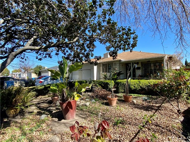 Detail Gallery Image 1 of 8 For 356 Wisteria Dr, East Palo Alto,  CA 94303 - 3 Beds | 1 Baths