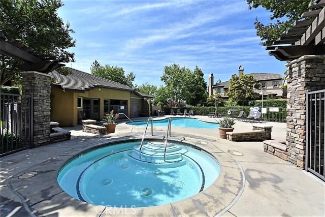 8692 9th Street, Rancho Cucamonga CA: http://media.crmls.org/medias/b60ff31f-28fa-4710-ab3f-8921466a28ea.jpg