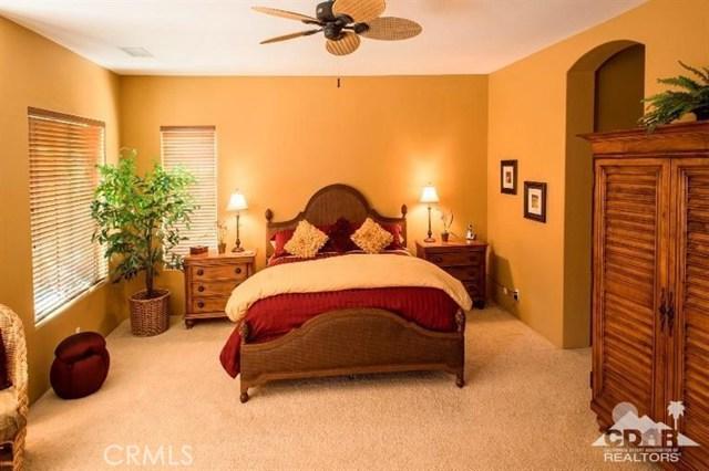 87 Avenida Lirio Blanco, Rancho Mirage CA: http://media.crmls.org/medias/b6262f03-5c8e-44b8-be9b-49b0dec076d0.jpg