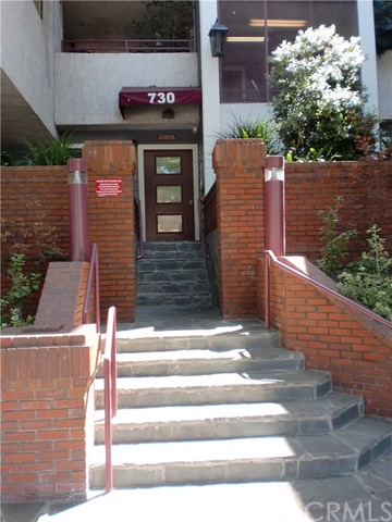 730 W 4th Street, Long Beach CA: http://media.crmls.org/medias/b630a57b-ee48-483c-9899-cad51998390d.jpg