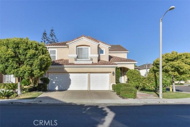 1 Calavera, Irvine CA: http://media.crmls.org/medias/b6323eac-984f-4e76-bc57-1f6c44d74dd3.jpg