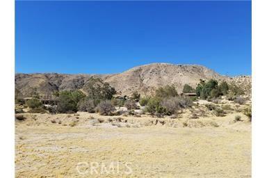 11332 Artesia Way, Morongo Valley CA: http://media.crmls.org/medias/b64084dd-c661-45db-96dd-2bf6ec46b6a1.jpg