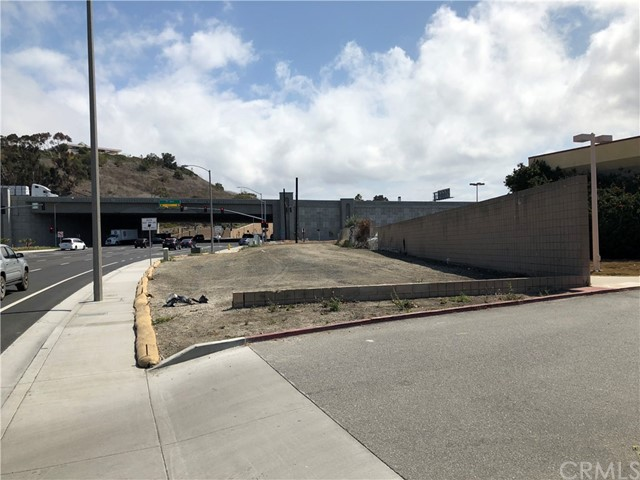 524 E Avenida Pico, San Clemente CA: http://media.crmls.org/medias/b644d4e8-1abd-48bb-b5a1-e07b75712855.jpg