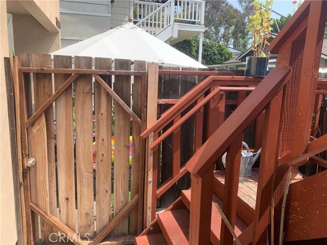 332 Poplar Street, Laguna Beach CA: http://media.crmls.org/medias/b647615c-13b1-4de0-bfa3-6b2d0239c653.jpg