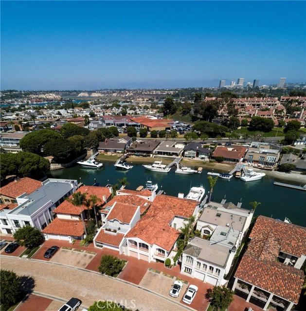 5 Linda Isle, Newport Beach CA: http://media.crmls.org/medias/b64d63e1-24e3-4a65-ac89-dca3cb9b35ec.jpg