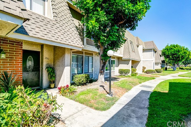 2160 W Wellington Circle Anaheim, CA 92804 is listed for sale as MLS Listing OC16701443