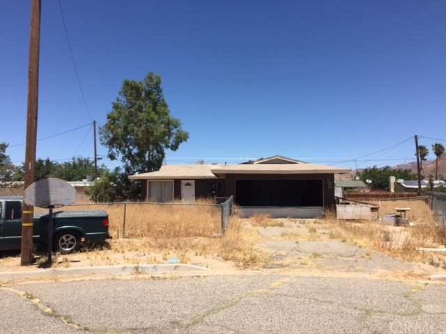 Single Family Home for Sale at 37934 Fairway Avenue Yermo, California 92398 United States