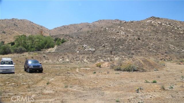 11275 Eagle Rock Road, Moreno Valley CA: http://media.crmls.org/medias/b6674e6a-5ae5-4479-a96d-446ec05a2112.jpg