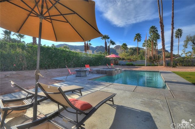 71355 Biskra Rd Road Rancho Mirage, CA 92270 is listed for sale as MLS Listing 216030992DA