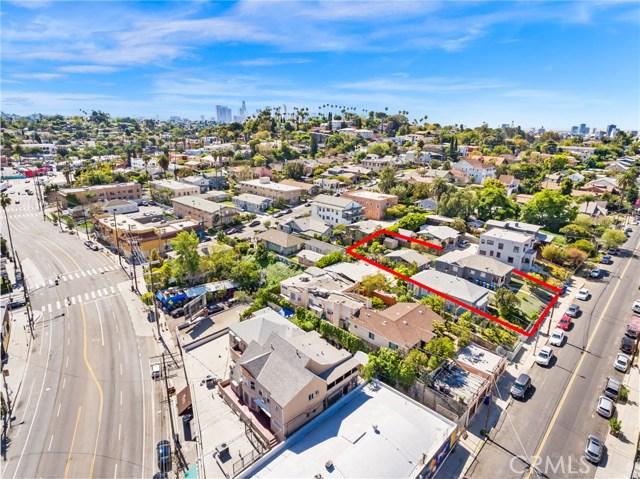 1042 Hyperion Avenue, Los Angeles CA: http://media.crmls.org/medias/b67759dc-5330-4395-8275-e592a64ef92b.jpg