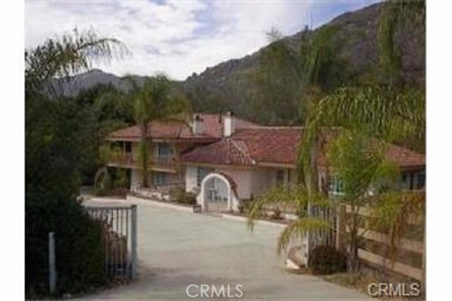 44950 Dos Rios Road  Temecula California 92590