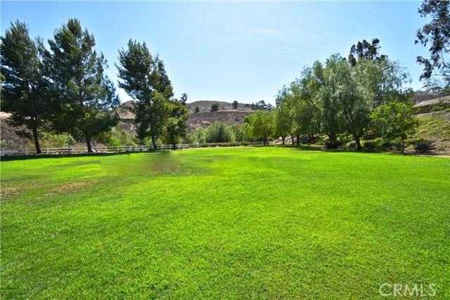 17852 Spring Hill Way, Riverside CA: http://media.crmls.org/medias/b683204f-7901-40e2-802f-1169f364eaaf.jpg
