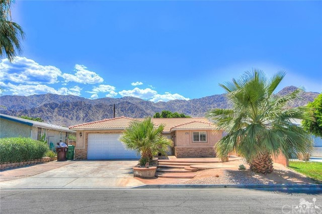 51405 Avenida Herrera, La Quinta, CA 92253 Photo