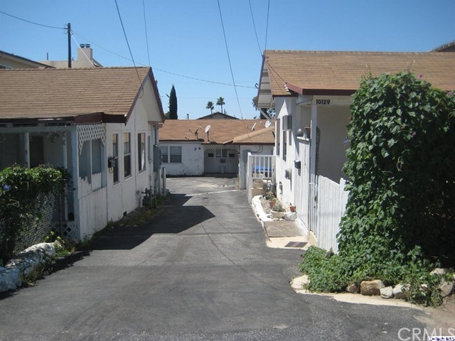 10127 Pinewood Avenue Tujunga, CA 91042 is listed for sale as MLS Listing 316003461