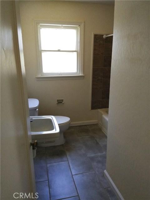 1280 High Street, Oroville CA: http://media.crmls.org/medias/b6a8a8e5-3a61-4b2c-8429-6363df1a8a05.jpg