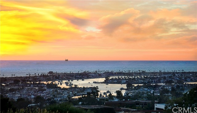 Photo of 2707 Lighthouse Lane, Corona del Mar, CA 92625