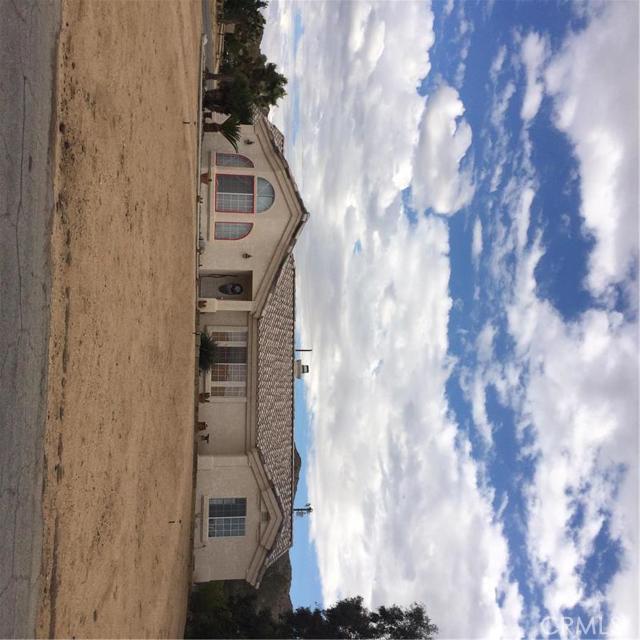 8840 Frontera Avenue, Yucca Valley CA 92284