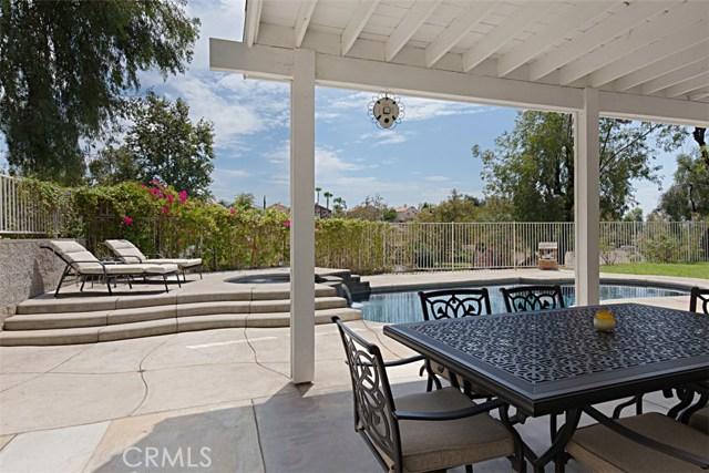 7111 Winterwood Lane, Highland CA: http://media.crmls.org/medias/b6b6bacc-b61a-4d30-b23b-0e002538570b.jpg