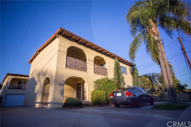 2103 Robinson Street Redondo Beach, CA 90278 is listed for sale as MLS Listing SB17023353