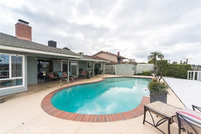 521 Sandlewood Avenue, La Habra CA: http://media.crmls.org/medias/b6b8d2dd-41d4-4627-a671-ca8793a02c29.jpg