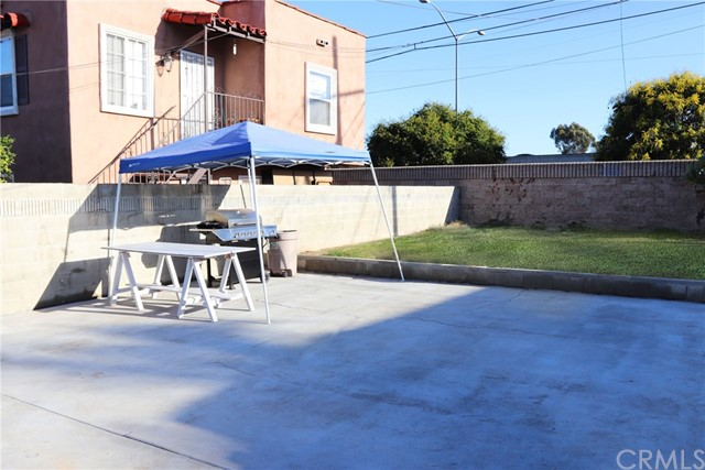 820 W 115th St, Los Angeles, CA 90044 Photo 19
