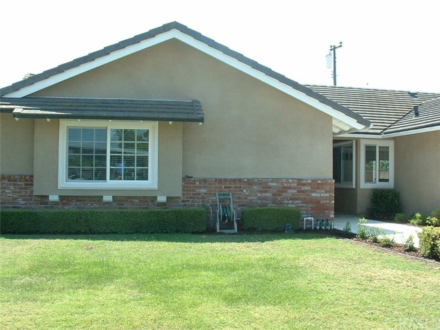 Single Family Home for Rent at 10264 Falcon St Fountain Valley, California 92708 United States