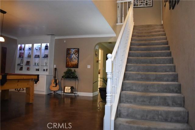 2655 Whittier Avenue, Clovis CA: http://media.crmls.org/medias/b6c6c496-3082-43ef-abde-31cdecd1a71a.jpg