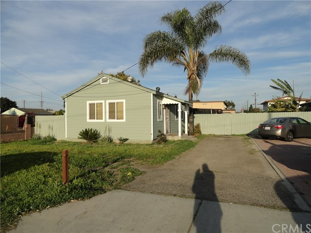 Single Family Home for Sale at 10572 Lexington Street Stanton, California 90680 United States